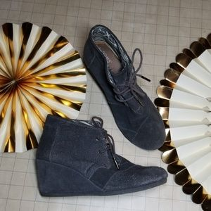 Toms Wedge Suede Wedge Booties size 7.5